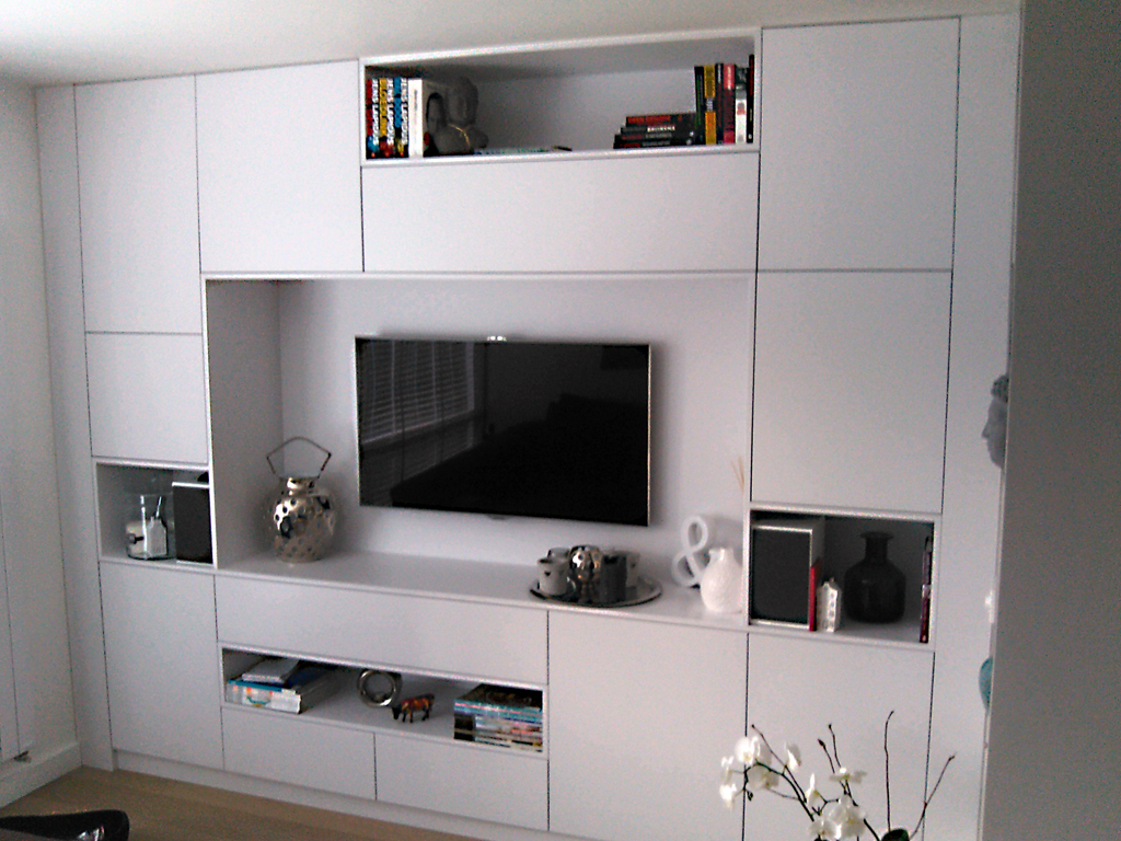 Moderne wandkast interesting modern dressoir with moderne - Moderne tv wand ...